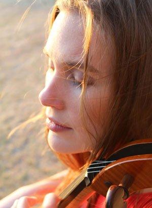Anne-Janelle-Head-Shot-2-hi-res