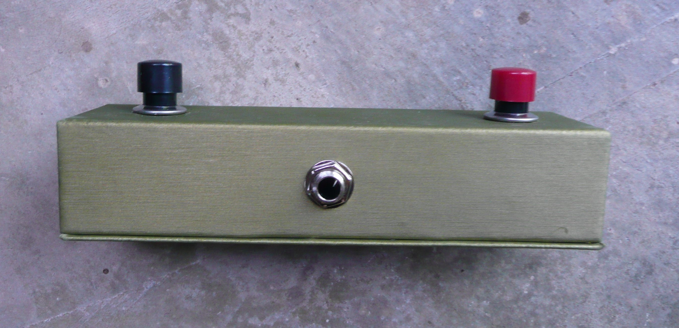 Diy Momentary Footswitch Pedal For Boss Or Roland Gear Live Ukulele Stomp Box Switch Wiring Diagram This Is The Stereo Cable That Sends Two Signals Instead Of One If You Use Just A Normal Instrument Only Switches Will Have Function