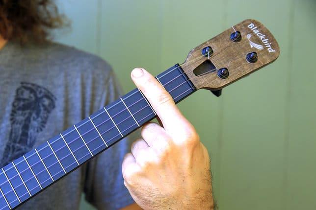barre example ukulele