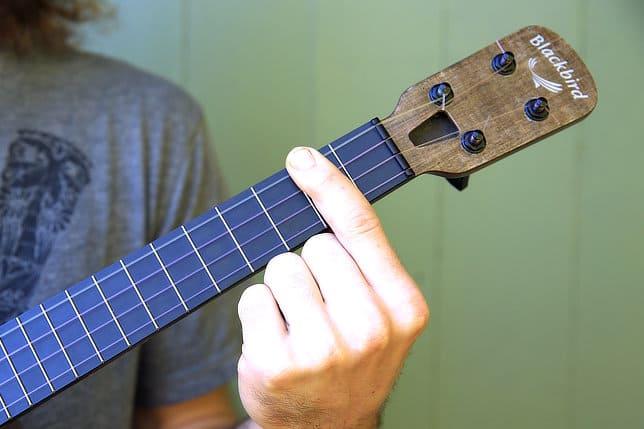 lower barre positioning ukulele