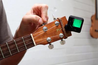 tuning g string ukulele