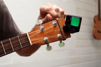 tuning c string ukulele