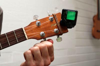 tuning a string ukulele