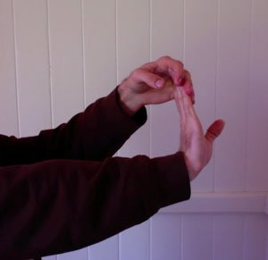 ukulele exercise hand stretch